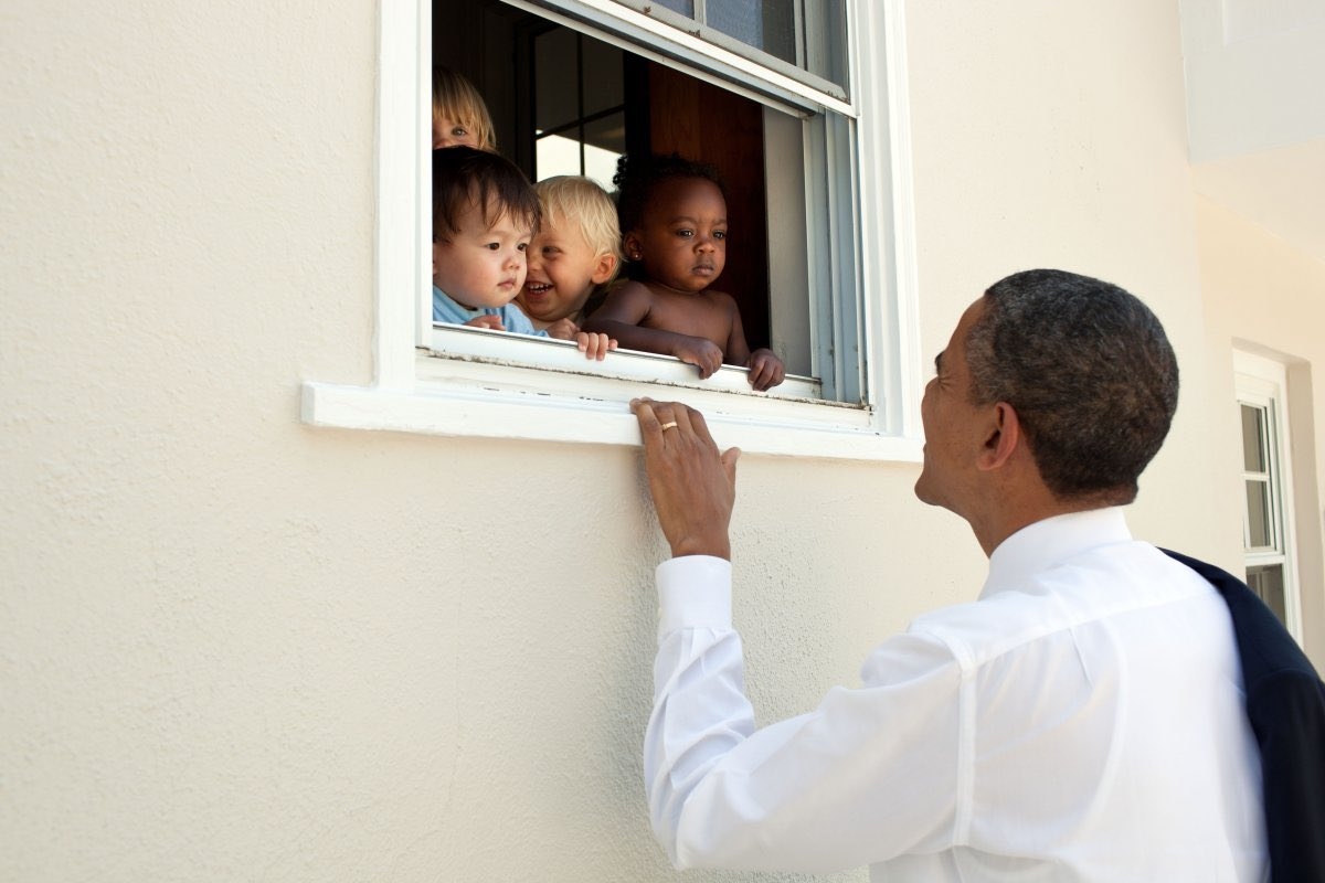 Твит Барака Обамы стал самым популярным в истории Twitter
