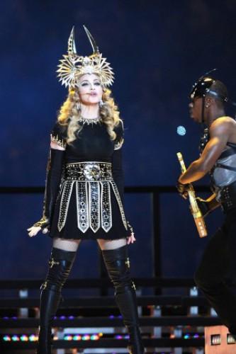 День рождения Мадонны: ТОП-15 эпатажных образов звезды