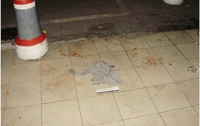 В Киеве неизвестный поранил ножом троих людей