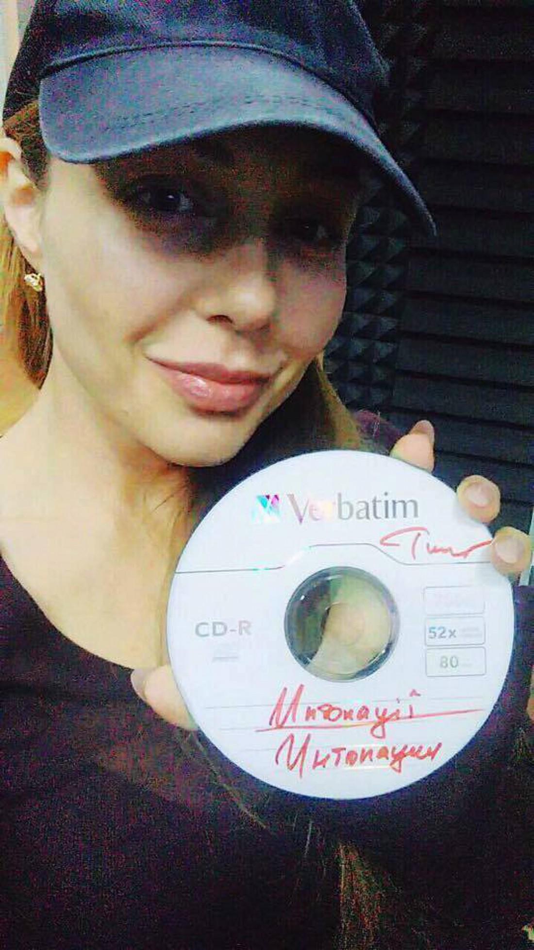 Тина Кароль выпустила новый альбом Интонации (ВИДЕО)